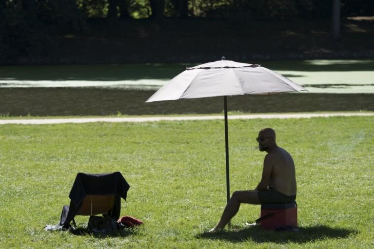 """Opmerkelijke oproep van KMI voor heetste dag ooit: """"Kom niet buiten, neem geen risico's"""""""
