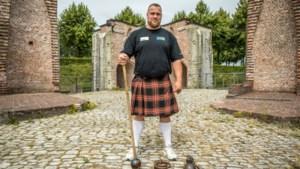 """Op zoek naar een Van Antwerpen: Patrick doet mee aan Highland Games: """"Eindelijk moet ik me niet meer inhouden"""""""