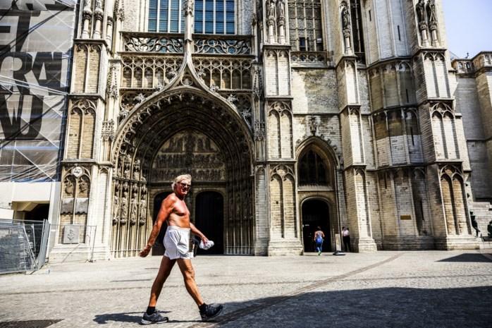 Op zoek naar de warme en koude kant van de Onze-Lieve-Vrouwekathedraal: het waaigat en het braaivat