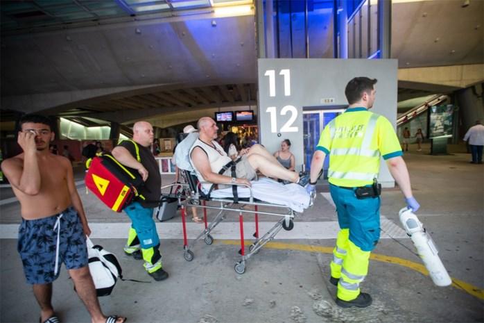 """Horrordag op de trein: """"Mensen op de grond omdat ze niet meer op hun benen konden staan"""""""