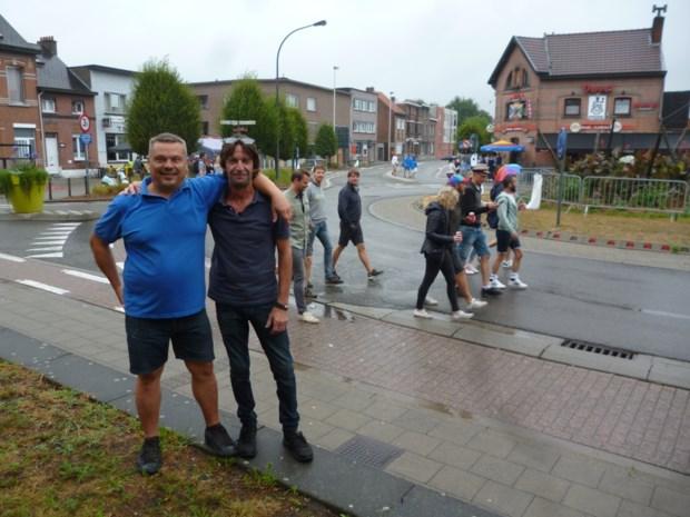 """Cafés rondom Tomorrowland zorgen voor sfeer en afterparty's: """"Ideale moment om buren te ontmoeten"""""""