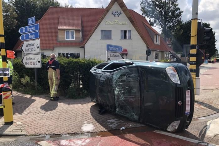 Drie gewonden bij ongeval op Boomsesteenweg