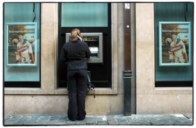 STANDPUNT. De Belg houdt van cash