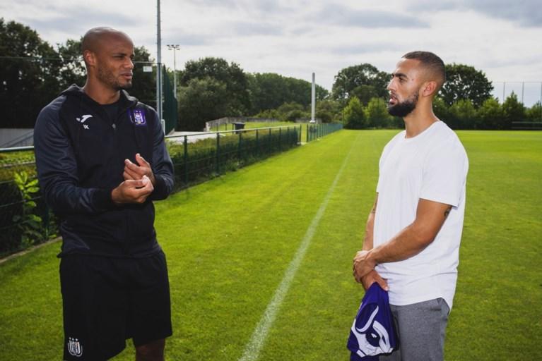 Nu ook officieel: Anderlecht haalt met Kemar Roofe nieuwe goalgetter in huis