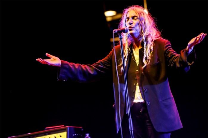 Patti Smith schittert in haar eenvoud op de Lokerse Feesten