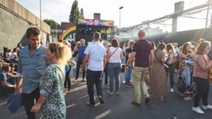 Café Den Draak te klein voor openingsfeest Antwerp Pride