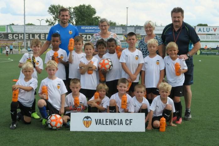Jeugdspelertjes Ternesse krijgen les van CF Valencia