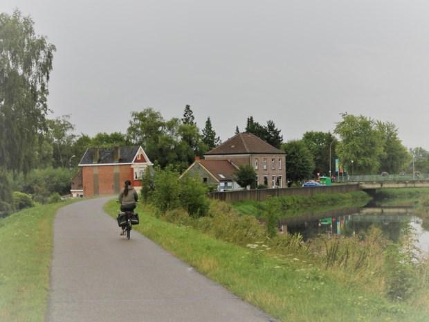 Gemeenteraadslid pleit voor apart looppad langs Dijle