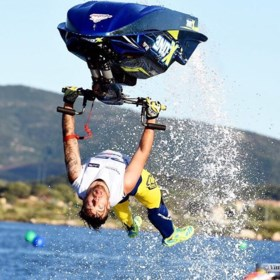 Vierselse waaghals pakt Europese titel in freestyle jetskiën