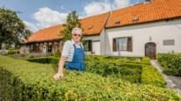 """Boer Hendrik (85) woont in geboortehuis schrijver Frans Coeckelbergs: """"Op dezelfde plek geboren zijn schept een band"""""""
