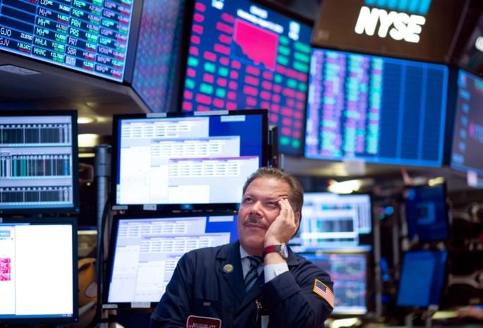 Vrees voor recessies: beurzen duiken in het rood