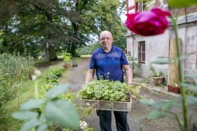 """Conciërge van Hof Ter Laken verhuist en verkoopt plantencollectie: """"Afstand doen van mijn dieren raakte me het meest"""""""