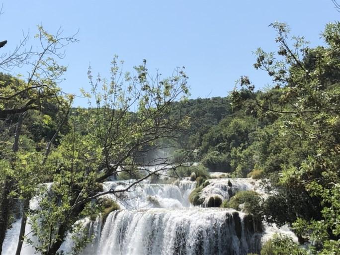 Een bezoek aan het kolkende water van Krka of geld uitgeven in de oude stad: tips voor een reisje naar Split