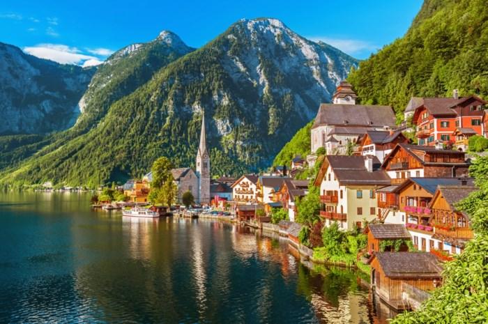 """Oostenrijks dorpje kan toeristen niet meer aan: """"Het is waanzin"""""""