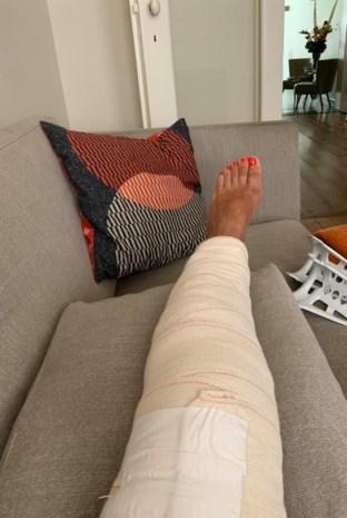CD&V-politica Nahima Lanjri breekt knie op vakantie