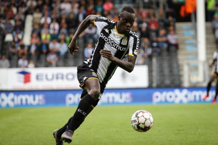 Charleroi verlengt contract van spits Mamadou Fall