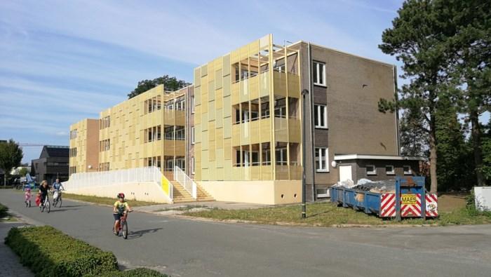 Van grijze woonblokken tot trendy gebouw: sociale appartementen in wijk Velleke krijgen grondige renovatiebeurt