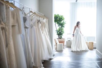 Laura en Stéphanie (31) geven bruidswinkel Le Chapeau tweede leven op Frankrijklei