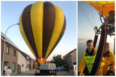 Piloot parkeert luchtballon midden op straat in woonwijk