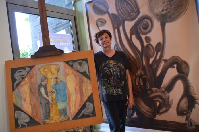 """Jongste telg beroemd kunstenaarskoppel stelt haar werk tentoon in Lindepaviljoen: """"Je bent altijd het kind van je ouders"""""""