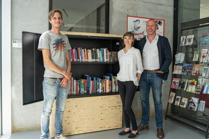 """Bibliotheek leent gratis boeken uit aan daklozen: """"U mag het boek ooit of nooit terugbrengen"""""""
