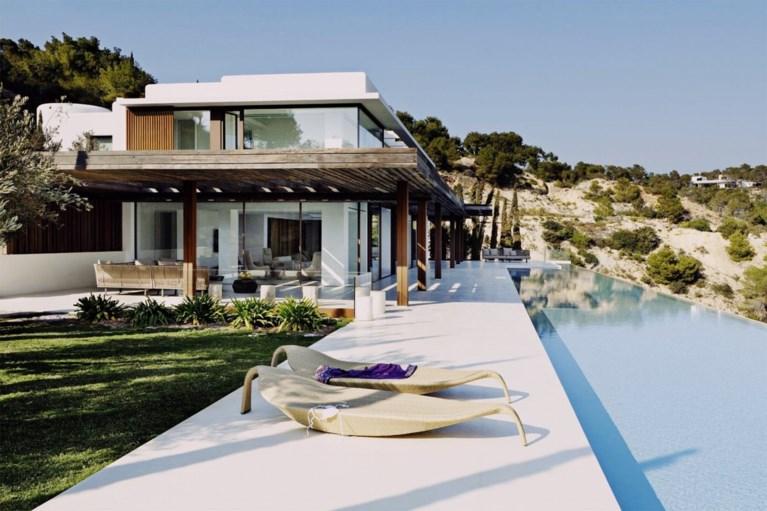 Meghan Markle viert verjaardag met gezin in villa van 117.000 euro per week