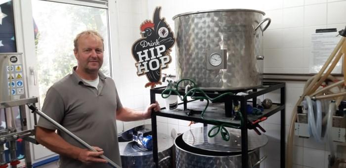 """Jan runt eenmanszaak in container van 18 vierkante meter: """"Bier brouwen is leuk, de administratie ietsje minder"""""""