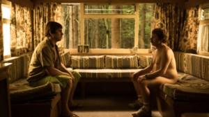 RECENSIE. 'De Patrick': prettig filmdebuut vol absurditeiten op de naaktcamping van Kevin Janssens