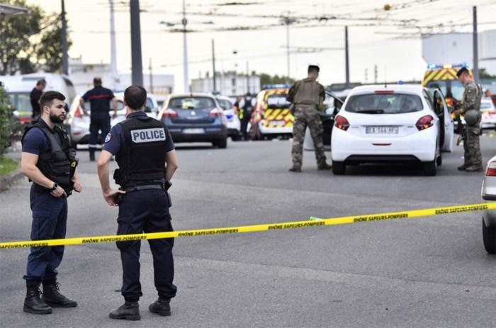 Mesaanval nabij Lyon: verdachte blijft verward