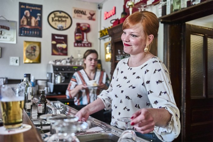 Café Sportwereld moet Facebookvrienden maken: met dit plan wil AB Inbev je weer meer op café krijgen