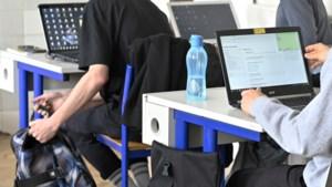 DISCUSSIE. Internet voor scholieren: helemaal gratis maken? Of korting voor 'kansarme' gezinnen?