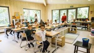 """Van container naar duurzame 'parkklas': """"Veel leerlingen hebben thuis geen tuin"""""""
