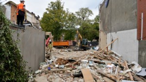 """Wilrijkse wijk Valaar likt zijn wonden dag na explosie: """"Er zijn veel knuffels uitgedeeld"""""""