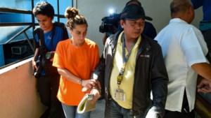 Amerikaanse vrouw probeert baby in tas Filipijnen uit te smokkelen