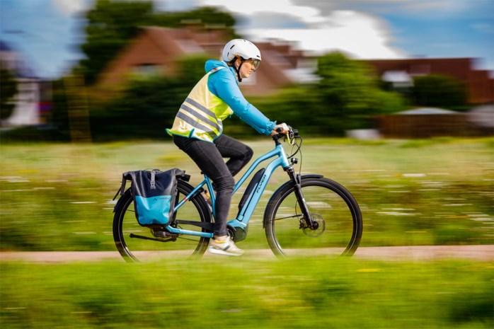 Het fietspad? Zeg maar oorlogspad: iedereen vecht voor plek naast de speedpedelec