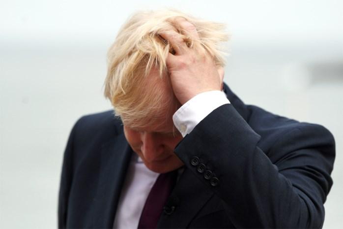 Ongezien: Boris Johnson wil met 'truc met twee brieven' uitstel voor Brexit vragen (maar niet echt)
