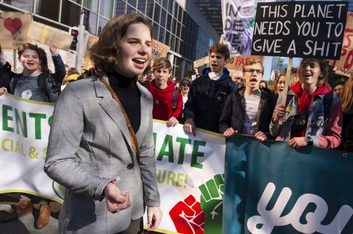 """Anuna De Wever schudt nu leerkrachten wakker: """"Schandalig hoe weinig jongeren leren over klimaatopwarming"""""""