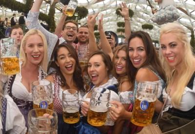 """Oktoberfest is het nieuwe Halloween: """"Dit wordt ook ónze traditie"""""""