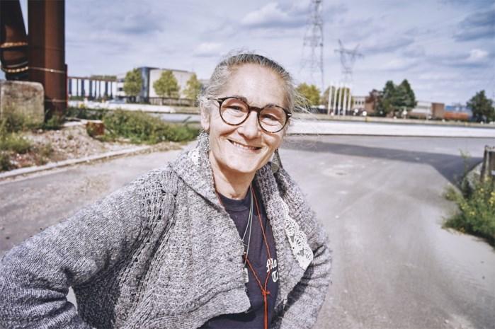 """Sonja (61) was 33 jaar lang verslaafd aan drugs: """"Noem het en ik heb het gebruikt"""""""