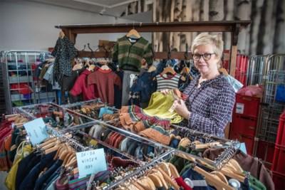 """Ontwerpster Da-Da organiseert stockverkoop: """"Ruim tweeduizend stuks designerkleding te koop"""""""