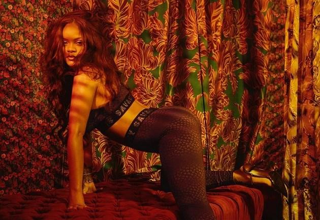 Fotografen en gsm's waren niet welkom op modeshow van Rihanna