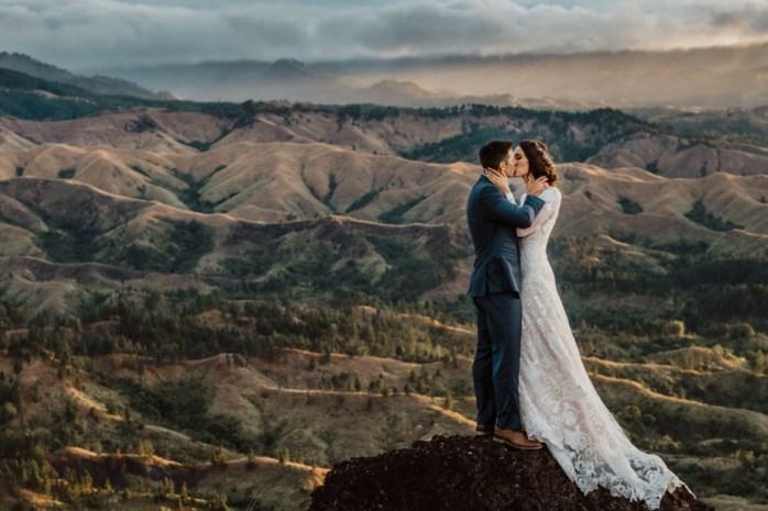 """Gitte Meeussen uit Brecht maakt furore als huwelijksfotograaf op Fiji: """"Het liefst trekken we met een bruidspaar de bergen in"""""""