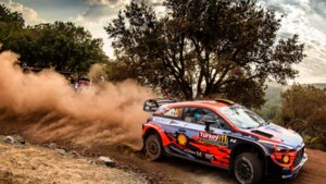 Thierry Neuville schuift in Rally van Turkije op naar derde plaats na turbulente namiddag