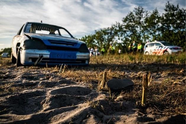 """Drie Belgen omvergereden na ruzie over 10 euro op autocross: """"Zag mensen door de lucht vliegen"""""""