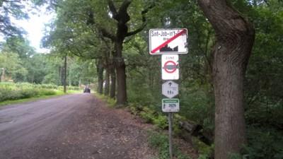 """Drastische verkeersingrepen in omgeving Brechtse Heide: """"Beschermd landschap met veel wandelaars"""""""