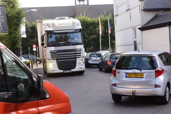 Probleem: nieuwe randweg staat niet in gps-systemen, dus blijven vrachtwagens door centrum Baarle rijden