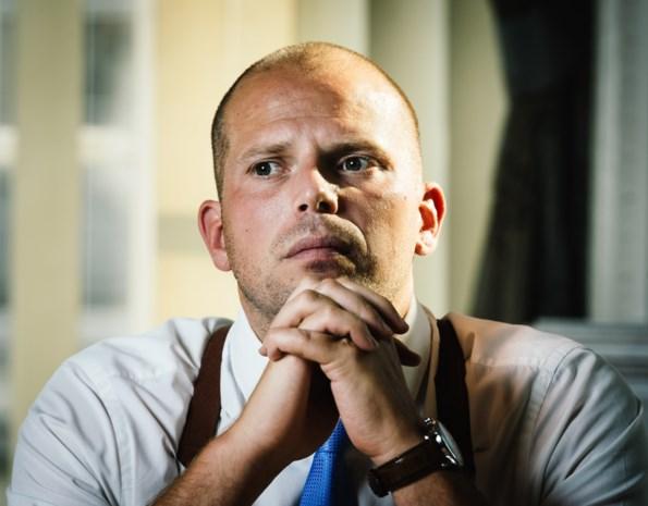 """Het zit er bovenarms op tussen de Vlaamse advocaten en Theo Francken: """"Hij heeft zijn werk niet gedaan"""""""