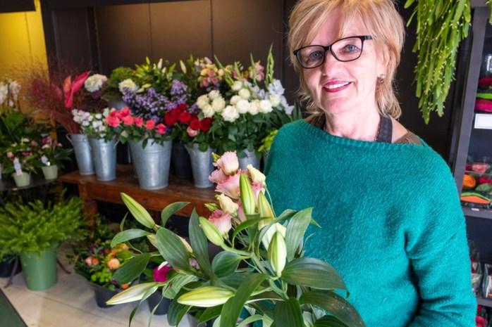 """Irène (66) houdt al veertig jaar bloemenwinkel open, zeven dagen op zeven: """"En niet één dag met tegenzin"""""""