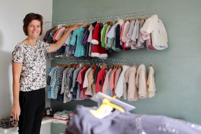 Tweedehandskledingwinkel Merel en Kerel stelt personen met arbeidsbeperking tewerk