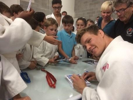 """Vicewereldkampioen judo Matthias Casse gehuldigd in eigen club: """"Ik word hier ontvangen als een koning"""""""